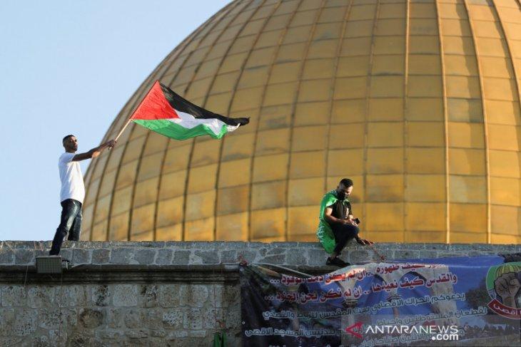 Seorang pemuda Palestina ditembak mati di bagian kepala oleh tentara Israel