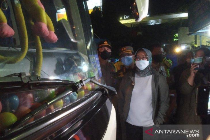 Bupati Bogor putar balik bus berisi pemudik modus angkut karyawan (video)