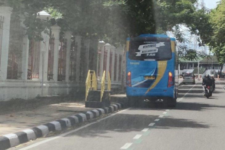 Bus Trans Siginjei tetap beroperasi layani penumpang di hari lebaran