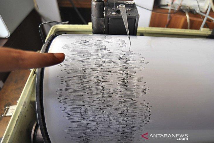 5.6 magnitude earthquake jolts Talaud Islands