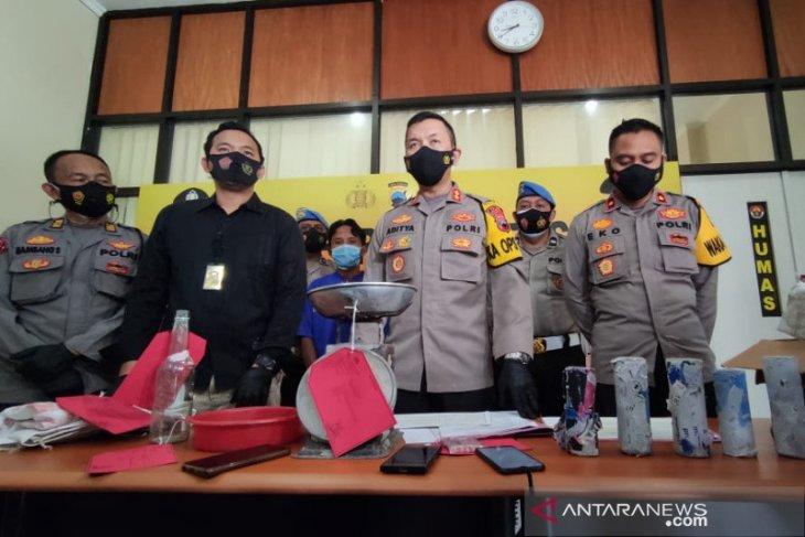 Polisi Kudus tangkap penjual bahan petasan setelah timbul korban