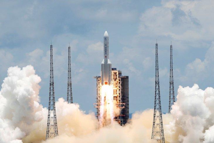 China cetak sejarah, sukses kirim kapal luar angkasa ke Mars