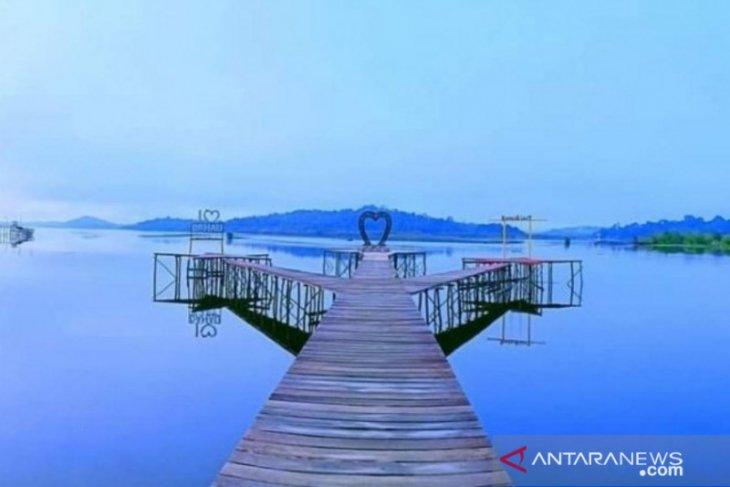 Wisata Danau Laet Kalbar buka  di libur Idul Fitri dengan prokes ketat