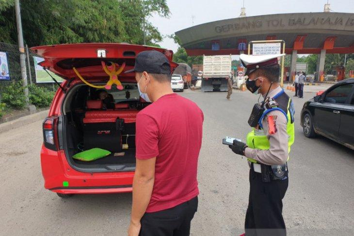 Selama 10 hari penyekatan 16.016 kendaraan diputar balik di Kabupaten Tangerang