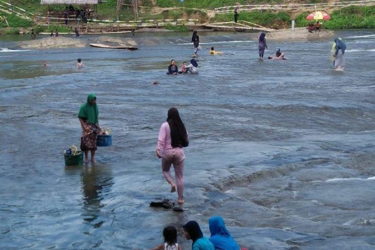Sejumlah tempat rekreasi Batu Benawa dan Hantakan HST