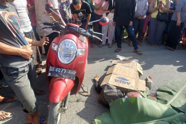 Kecelakaan lalu lintas di Tandem, pengendara motor tewas di tempat