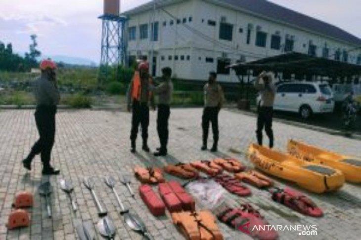 Polres Tanah Bumbu siapkan peralatan SAR  antisipasi banjir