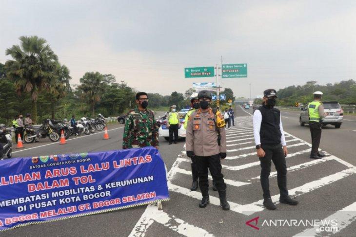 Gerbang tol Baranangsiang kembali ditutup sementara untuk urai kemacetan