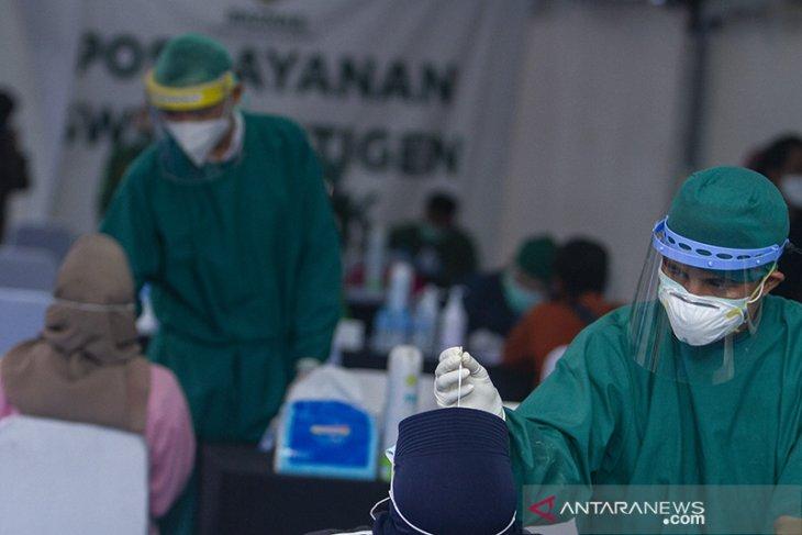 Layanan swab antigen gratis pemudik
