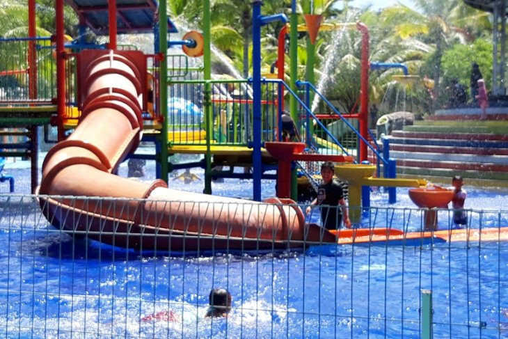 Pengunjung penuhi objek wisata di Kota Ternate