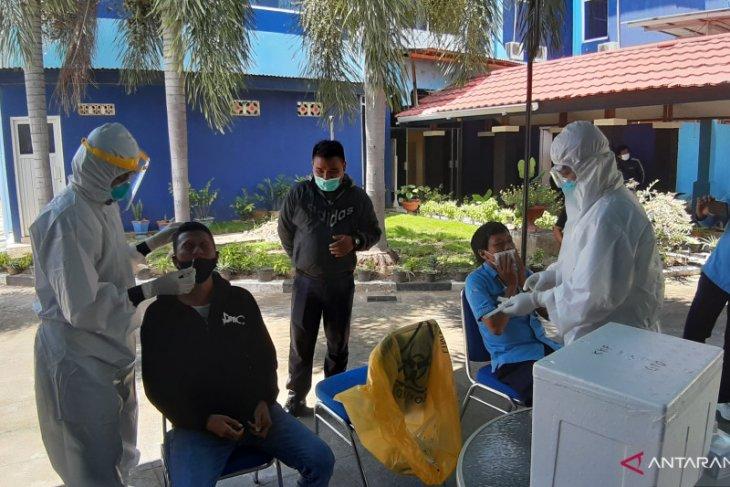 Gubernur Gorontalo wajibkan ASN rutin lakukan tes antigen COVID-19