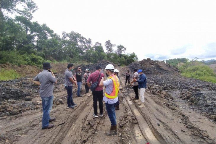 Ribuan ton batubara barang bukti di PT AGM diduga dicuri