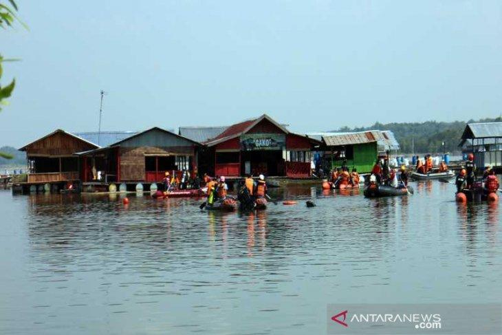 Perahu tenggelam di Kedung Ombo, SAR temukan dua korban lagi