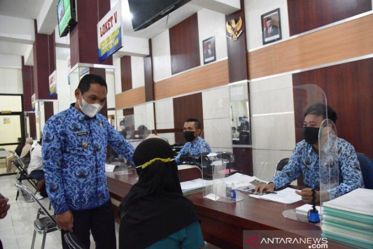 Bupati Lumajang pastikan layanan publik berjalan normal usai Lebaran