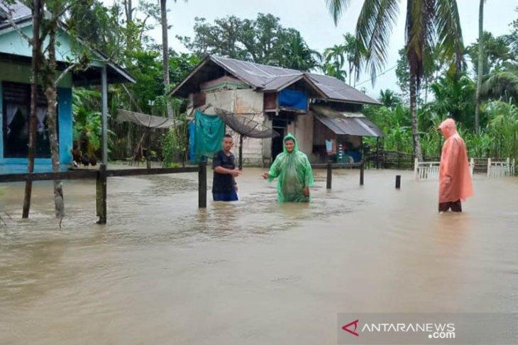 Kerugian banjir di Simeulue Rp2 miliar lebih