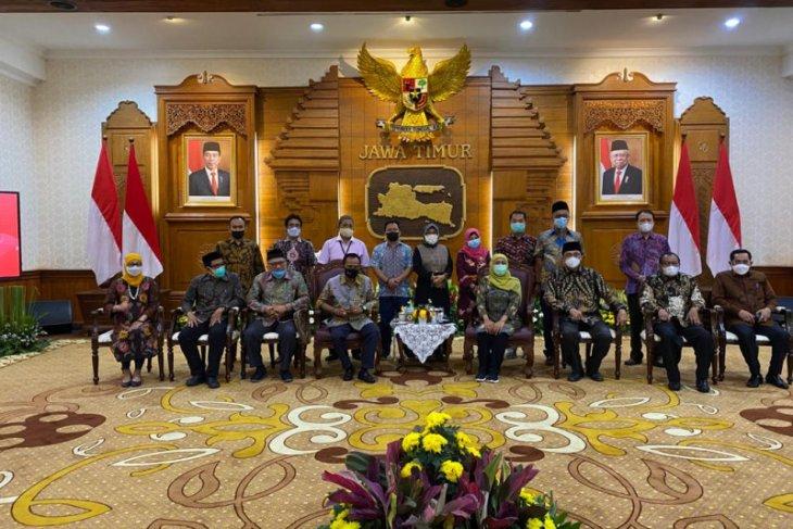 Sukses tangani COVID-19, Gubernur Jatim diusulkan dapat KAHMI Award