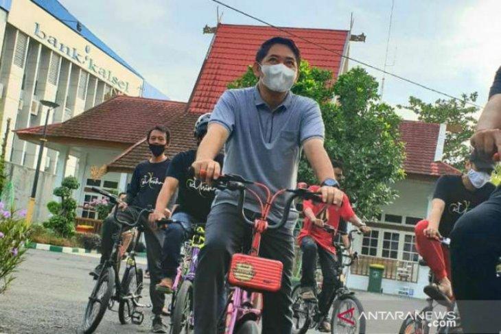 Tingkatkan imunitas tubuh, Wabup HSS bersepeda bersama Kumika