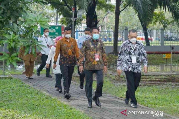 Bupati Eka dorong perusahaan di Bekasi ikut vaksinasi gotong royong