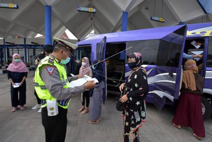 Pengetatan arus balik Lebaran di Terminal Mengwi