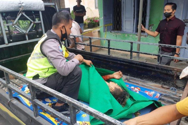 Polisi Blitar selamatkan seorang warga hendak bunuh diri