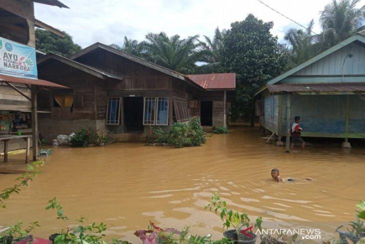 Dua desa di Kecamatan Batahan Madina terendam banjir