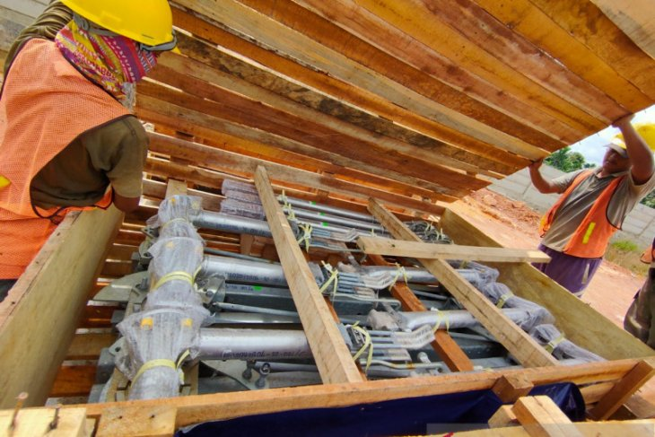 PLN UIP Kalbagbar berkomitmen tingkatkan penggunaan produk dalam negeri