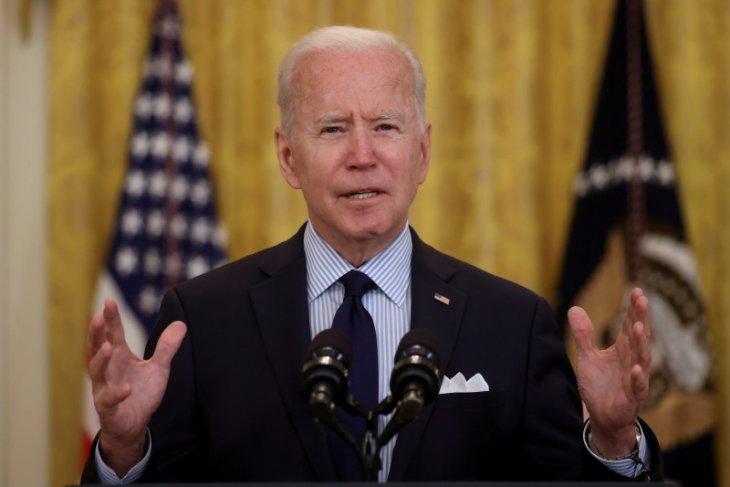 Joe Biden: AS tinjau pencabutan larangan perjalanan untuk Eropa
