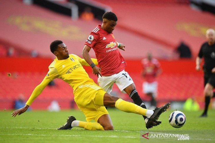 Manchester United ditahan imbang Fulham 1-1