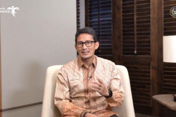 Menteri Sandiaga Uno resmikan program desain interaksi Ubaya secara virtual