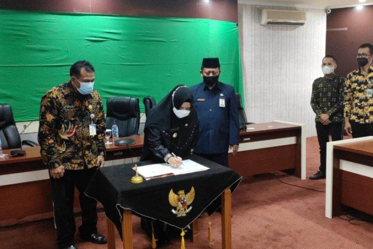 Pemkab Paser dan Kementerian Komunikasi lakukan penandatanganan MoU