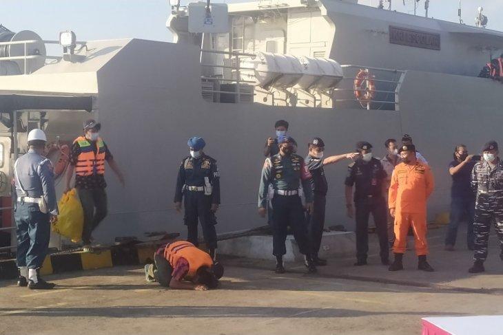 Kapal Australia repatriasi nelayan Indonesia yang kecelakaan laut di Perth (video)