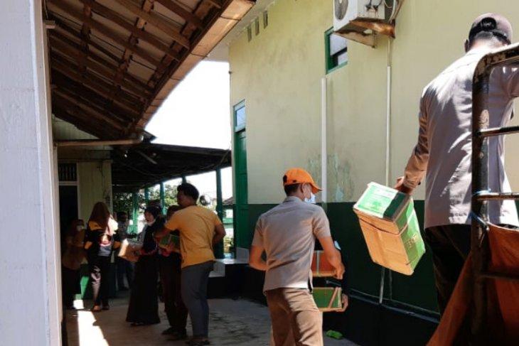 BPBD Tala bantu korban banjir Kecamatan Satui