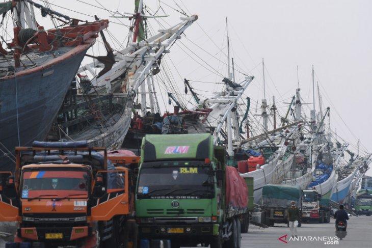 One thousand workers, crew at Sunda Kelapa seaport inoculated: Jokowi