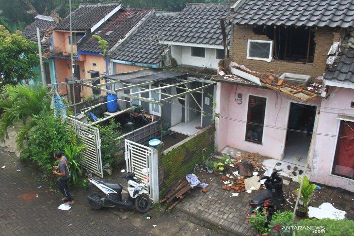 BPBD : 90 rumah alami kerusakan akibat gempa Blitar magnitudo 6,2