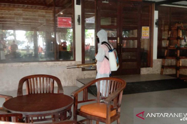 Pemkab Serang laksanakan desinfeksi di kawasan wisata Anyer-Cinangka