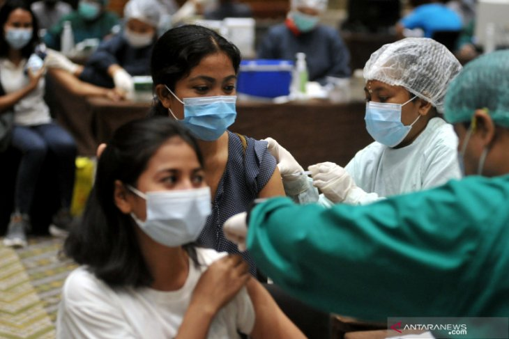 ITDC lakukan vaksinasi kedua bagi pekerja pariwisata The Nusa Dua