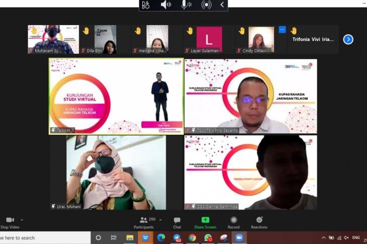 Telkom Kalbar studi virtual SMK se-Kalbar sambut Hardiknas