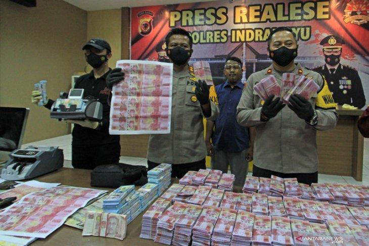 Uang palsu satu miliar dijual Rp5 juta sedang didalami polisi