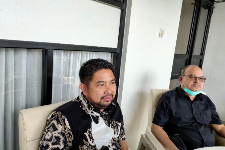 Jatuh bangun Bang Dhin dalam meniti karir politik