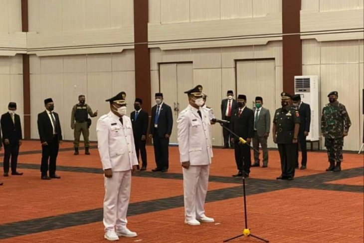 Gubernur Malut lantik Bupati dan Wakil Bupati Halmahera Selatan