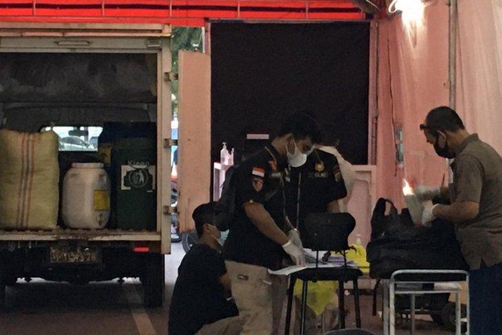 Layanan rapid test di Medan digerebek polisi