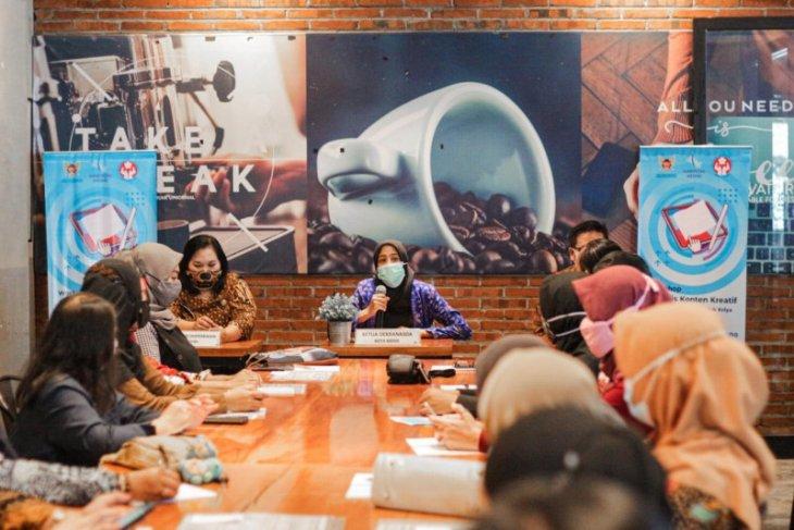 Dekranasda Kota Kediri dorong UMKM manfaatkan platform daring pasarkan produk