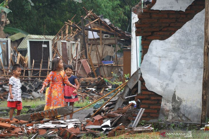 Gempa Blitar di Malang rusakkan 492 unit rumah