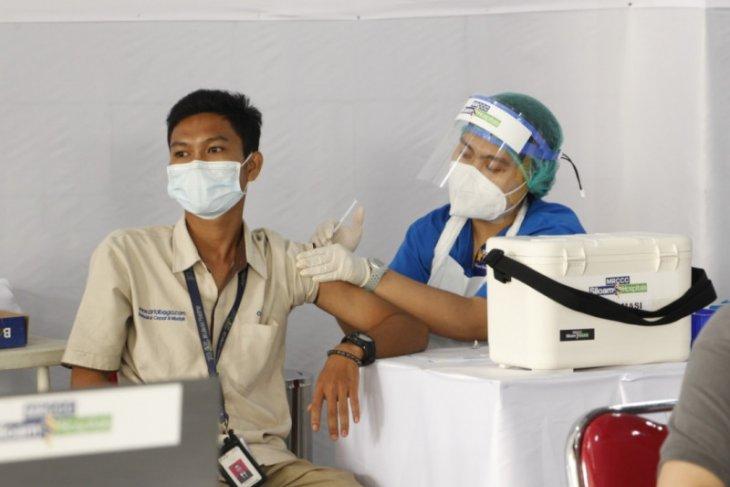 OT Group gelar Vaksinasi Gotong Royong di Sentra Vaksinasi Kadin