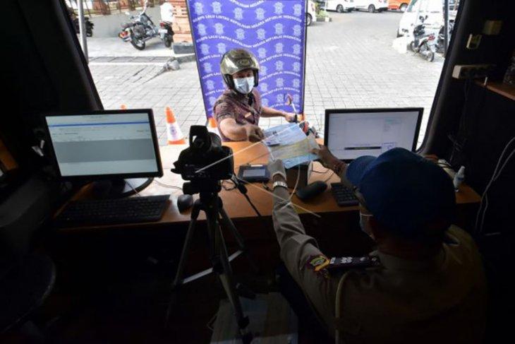 Polresta Denpasar layani SIM sistem 'Drive Thru