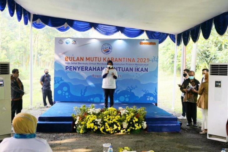 BMK 2021, KKP berikan 24.700 benih ikan asli Indonesia ke IPB
