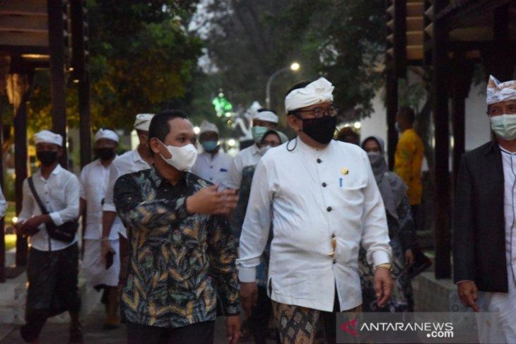 24 Juni, Umat Hindu Bali gelar