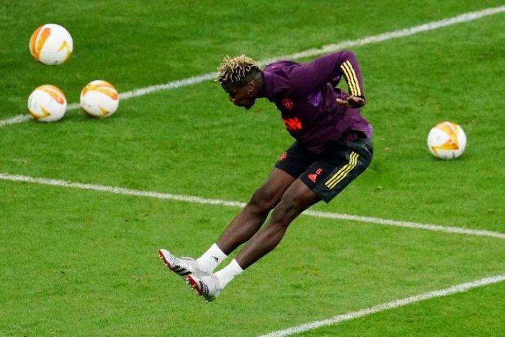 Messi buat PSG berhenti buru Paul Pogba