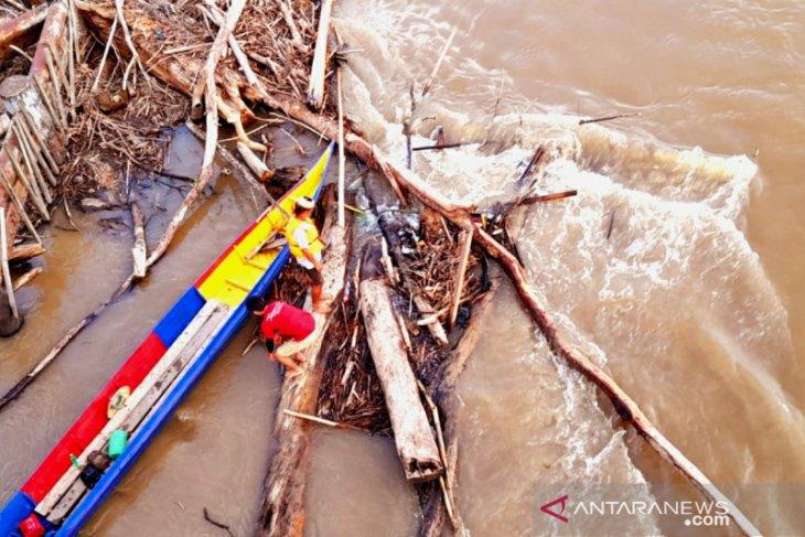 Korban banjir Sungai Kayan Kaltara ditemukan