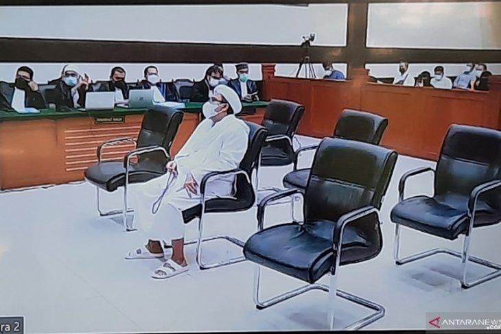 Hakim vonis Rizieq Shihab denda Rp20 juta untuk  kerumunan Megamendung